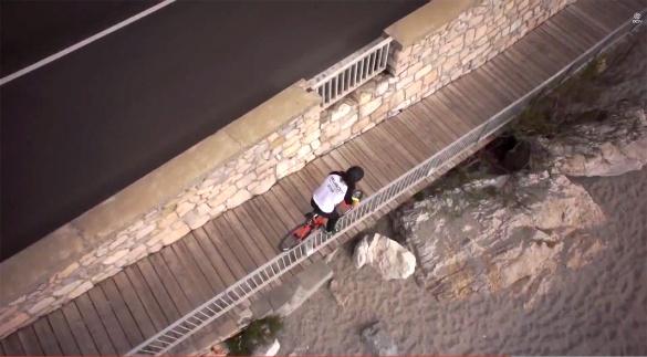 Beach-front-handrail-ride_5